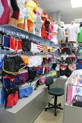 Отдел брендового нижнего белья,  одежды и аксуссуаров
